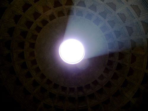 oculus Pantheon in Rome