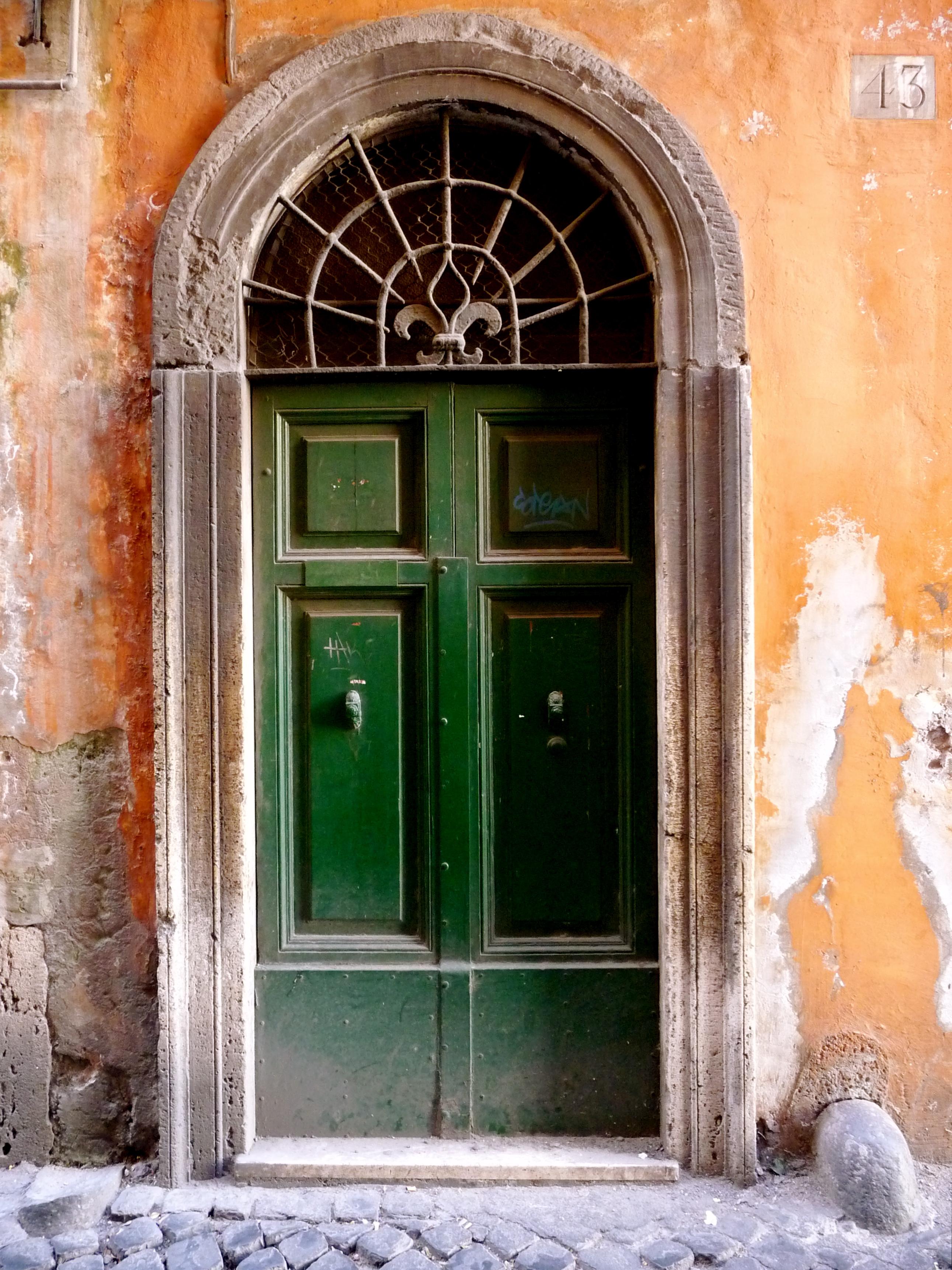 P1020269 & Those Roman Doors - Melange Travel