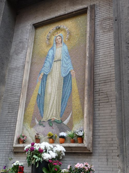 Shrine of Mary in Rome